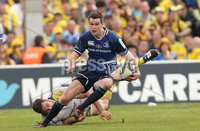 Heineken Cup Semi-Final, Stade Chaban Delmas, Bordeaux 29/4/2012. Clermont Auvergne vs Leinster. Leinster\'s Jonathan Sexton tackled. Mandatory Credit ©INPHO/Billy Stickland