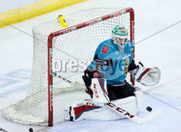 Press Eye - Belfast -  Northern Ireland - 10th October 2018 - Photo by William Cherry/Presseye. Belfast Giants\' Tyler Beskorowany makes a save during Wednesday nights Elite Ice Hockey League game at the SSE Arena, Belfast.        Photo by William Cherry/Presseye.