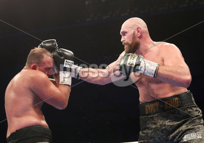 Tyson Fury vs Francesco Pianeta, W...
