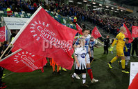 Unite the Union Champions Cup First Leg, National Football Stadium at Windsor Park, Belfast 8/11/2019. Linfield vs Dundalk. The teams take to the field. Mandatory Credit  INPHO/Brian Little