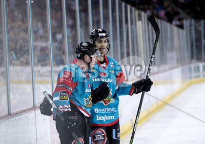 Belfast Giants v MK Lightning - El...