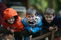 ©Lorcan Doherty Photography - 11th August 2017 . Stendhal Festival 2017. Brothers Cillian (5) and Eoin (4) Suitor and Wilfred Baird (4) from Hillsborough.. . Photo by Lorcan Doherty / Press Eye..