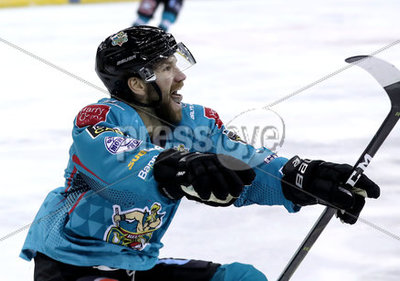 Belfast GIants vs Manchester