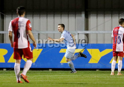 Warrenpoint Town vs Linfield Dansk...
