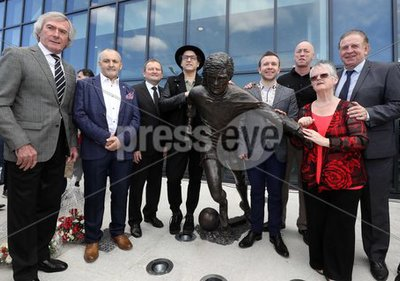 Unveiling Football Legend George B...