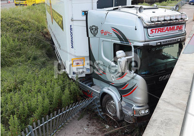 Lorry Crash Saltmarine M1