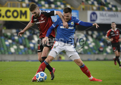 Linfield vs Crusaders Danske Bank ...