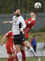 . Danske Bank Premiership, Solitude, Belfast 3/11/2018. Cliftonville vs Glentoran. Cliftonville\'s Gary Breen  in action with Glentorans Curtis Allen. Mandatory Credit INPHO/Stephen Hamilton
