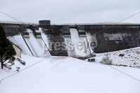 PressEye - Belfast - Northern Ireland - 2nd March 2018. Pictured: The environmental outlet at Spelga Dam frozen over.. Picture: Philip Magowan / PressEye