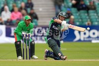 ©Press Eye Ltd Northern Ireland -18th July  2012. Mandatory Credit - Picture by Darren Kidd/Presseye.com . RSA T20 International Series.. Ireland v Bangladesh, 1st T20I, Stormont, Belfast.. Ireland\'s William Porterfield and Bangladesh wicket keeper Mushfiqur Rahim.