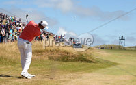 2018 Dubai Duty Free Irish Open, Ballyliffin Golf Club, Co. Donegal 8/7/2018. Erik van Rooyen approaches the 2nd green. Mandatory Credit ©INPHO/Oisin Keniry