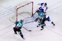 Press Eye - Belfast -  Northern Ireland - 06th April 2019 - Photo by William Cherry/Presseye. Belfast Giants\' Chris Higgins scoring against Coventry Blaze during Saturday evenings PredictorBet Playoff Quarter Final 1st Leg game at the SSE Arena, Belfast. Photo by William Cherry/Presseye