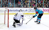 Press Eye - Belfast -  Northern Ireland - 10th March 2018 - Photo by William Cherry/Presseye. Belfast Giants Darcy Murphy with Braehead Clan\'s Ryan Nie during Saturday evenings Elite Ice Hockey League game at the SSE Arena, Belfast.