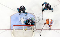 Press Eye - Belfast -  Northern Ireland - 06th January 2019 - Photo by William Cherry/Presseye. Belfast Giants\' Tyler Beskorowany saves from Sheffield Steelers\' Evan McGrath during Sunday afternoons Elite Ice Hockey League game at the SSE Arena, Belfast.    Photo by William Cherry/Presseye