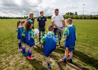 REPRO FREE***PRESS RELEASE NO REPRODUCTION FEE***. Topaz Cash for Clubs Launch, Dublin 17/5/2017. Pictured at the launch of Cash for Clubs are Topaz ambassadors Brid Stack, Kevin McManamon and Alan Quinlan with with pupils from St. Patrick Boys National School and St. Patrick Girls National School, Ringsend, Dublin.. Topaz is encouraging people from across Ireland to go the extra mile for there local community to be in with a chance to win up to €10,000 for a club of their choice. A total of €200,000 in cash prizes will be up for grabs over the course of the next 12 weeks.. For more information and how to enter see www.playorpark.ie/cashforclubs. Mandator Credit ©INPHO/James Crombie